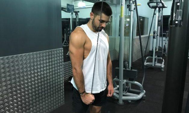 Exercice musculation: Extension Triceps Unilatérale à la poulie Haute