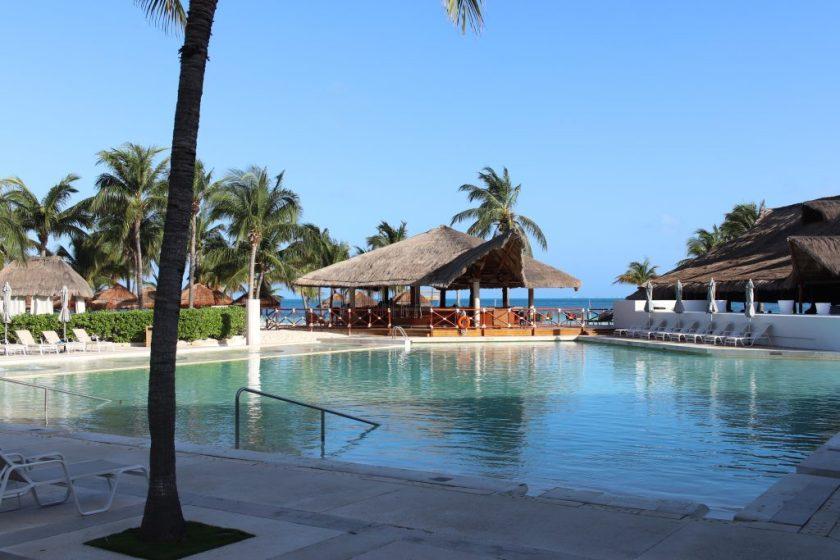 Cancun El Presidente Hotel Review | IHG El Presidente Cancun Review | Cancun Guide | Best Beach on Cancun | Best Resort in Cancun