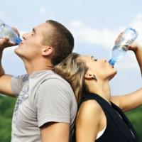 Вода - главный элемент здорового питания