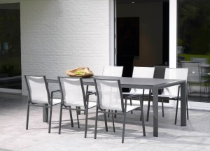 April outdoor furniture dining set