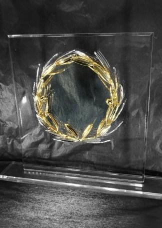 Stand Plexi-glass «Κότινος» Στεφάνι Ελιάς Επάργυρο και επίχρυσο Νο2