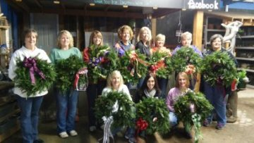 Wreath Holiday Making with Friends