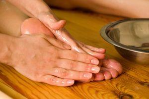 Ginger Wood Massage Oil