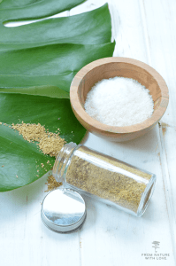 How to Make Coconut Clay Scrub - a simple dry face wash made with coconut and yellow illite clay