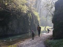hiking-1186796_1920