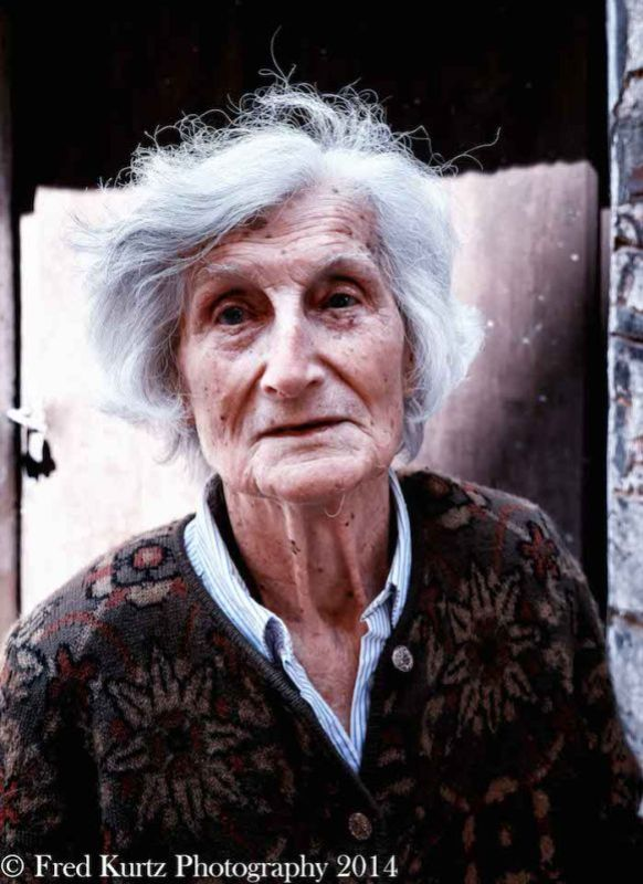 Such a nice face. She was trying to tell in Italian she wasn't beautiful enough. We convinced her she was. This is Fred Kurtz's wonderful image of this lovely lady from Siena, italy