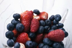 specific foods fight cancer