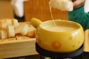 チーズフォンデュが牛乳と分離したら修正できる?リメイク術まとめ