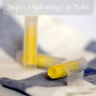 Easy Homemade Lip Gloss Recipe, All Natural - Naturally
