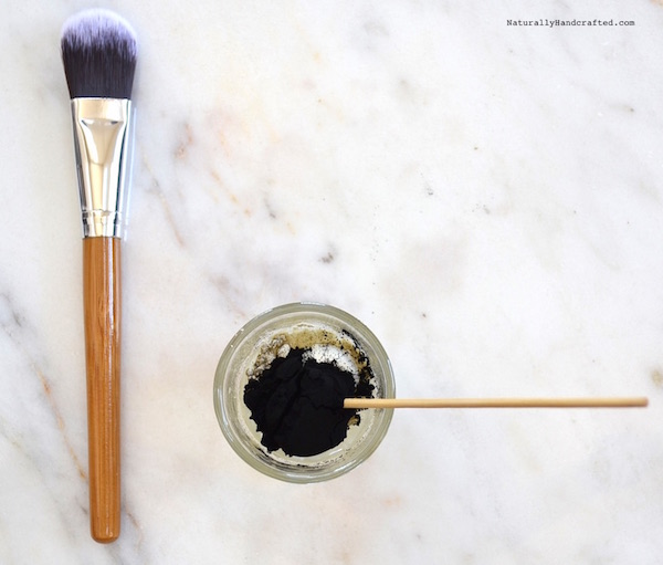 DIY Charcoal Mask Recipe, Glue-Free, Peel Off (Video