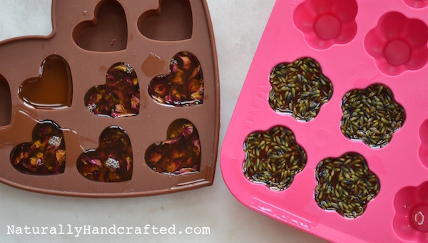 Pour Melted Butter and Oil into Molds for DIY Bath Melts