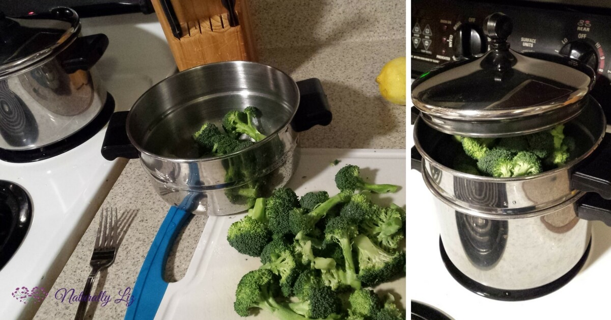 Steaming broccoli in steamer pot