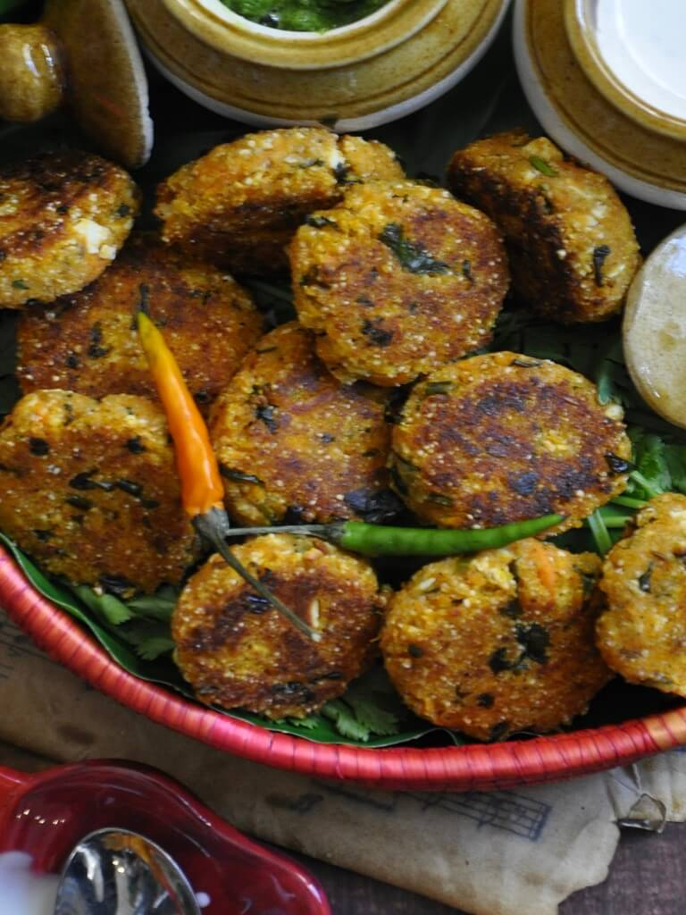 Soft and fluffy with a golden brown crust, these Sweet Potato Tikkis are a delicious snack or appetizer. Enjoy this super nutritious cutlets with guava mint chutney and a yogurt dip for an extra burst of flavor!