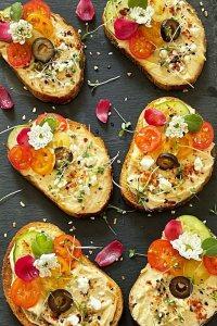 Mediterranean Hummus Crostini