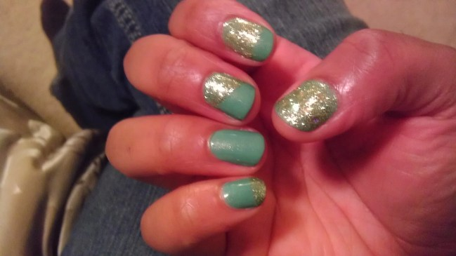 Mint Apple. Family Jewels Mani