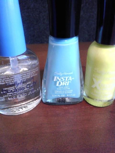 Mellow Yellow, Blue Away, Sally Hansen, Nail Art, Naturally Stellar, Beauty, Manicure, Moody Manicure, Nail Polish, Xtreme Wear, Insta Dry, Double Duty