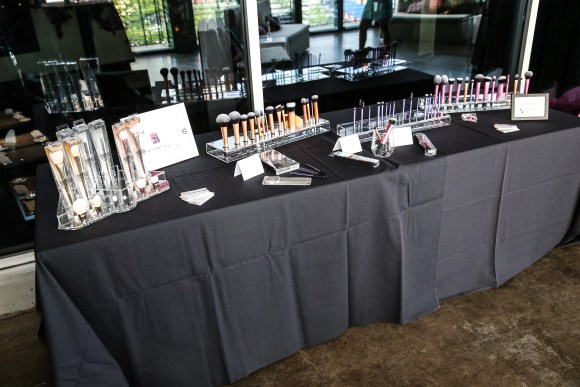 Real Techniques Full Beauty Tools Collection