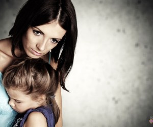 Show Love To Moms Of Domestic Violence This Mother's Day   Naturally Stellar