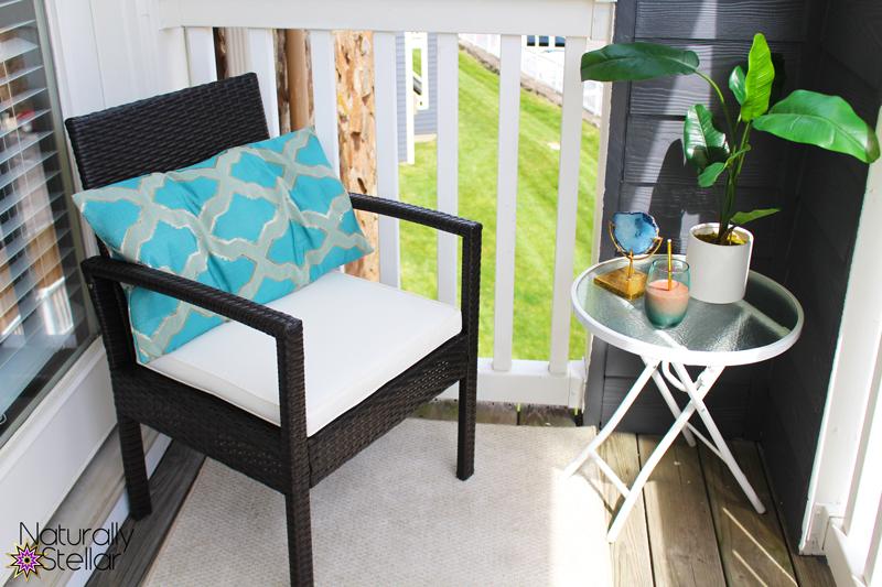 The perfect balcony reading spot
