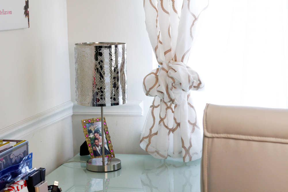 White and gold home office | Naturally Stellar