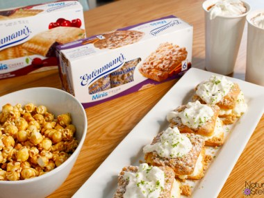 Family movie night snack ideas include these delicious Key Lime shortcakes with Entenmanns Mini Crumb Cakes | Naturally Stellar