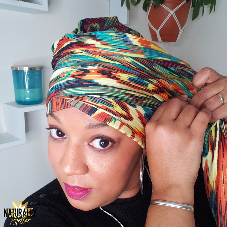 Securing one piece headwraps | How to tie with a simple and easy tutorial | Naturally Stellar https://naturallystellar.com