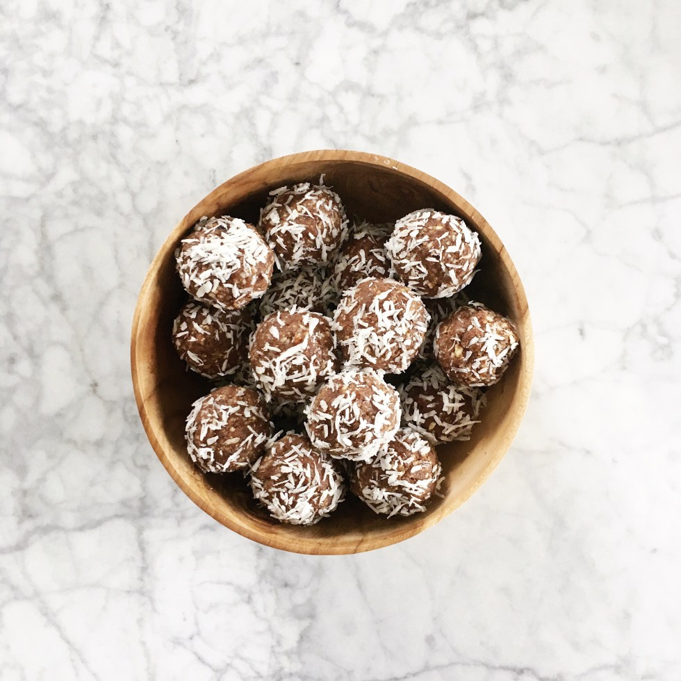 Healthy chocolate coconut bliss balls