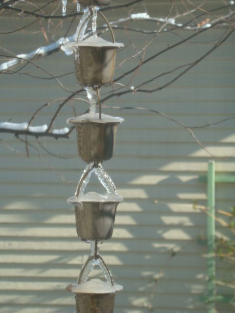 Frozen rain chain