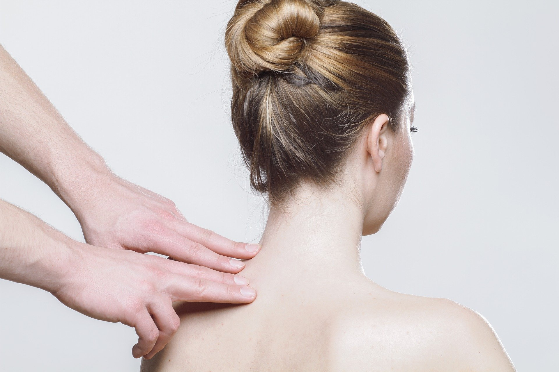 Dorn und Breuss – Wirbelsäulentherapie auf die sanfte Art