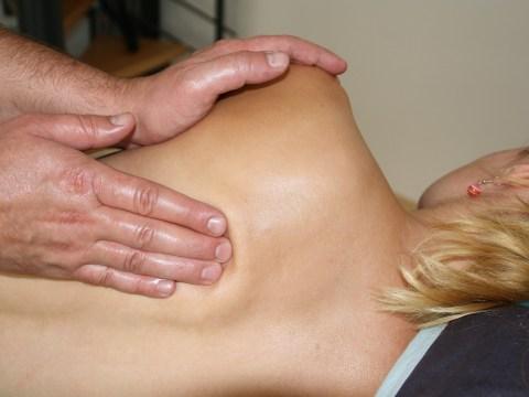 Wirbelsäulentherapie nach Dorn & Breuß-Massage