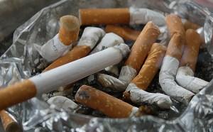 Endlich Nichtraucher - CBD-Öl und Akupunktur