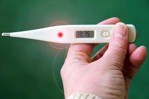 Fieber ist ein typisches Symptom für den Coronavirus