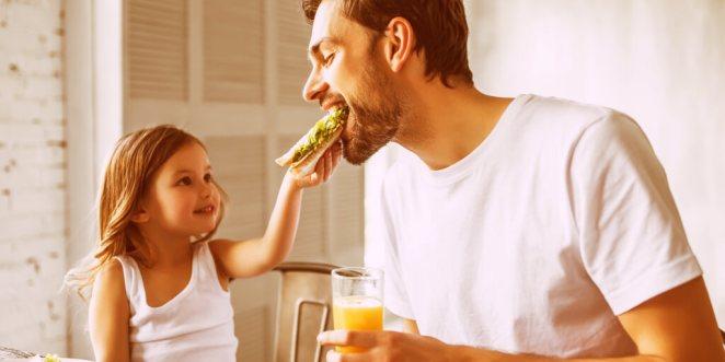 Top 10 Tips for Raising Happy, Healthy Kids_Encourage Kids