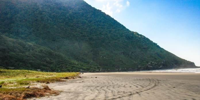 Praia da Juréia em Iguape foto