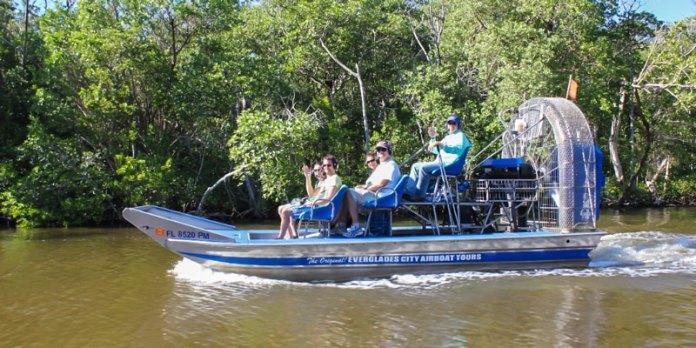 Pontos turísticos da Flórida - Everglades Airboat Tours foto
