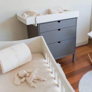 Babybettschützer mit Häschen