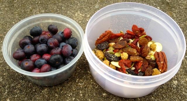Petit déjeuner paléo et pur bio : graines et baies