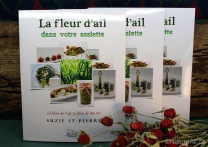 """Livre de Recettes """"La Fleur d'Ail Dans Votre Assiette"""" - Display"""