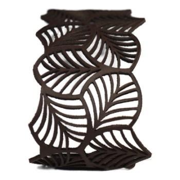 Bracelet cuir marron motif feuilles
