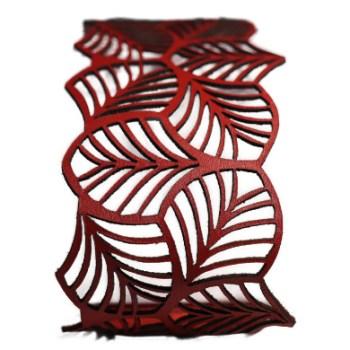 Bracelet cuir rouge motif feuilles