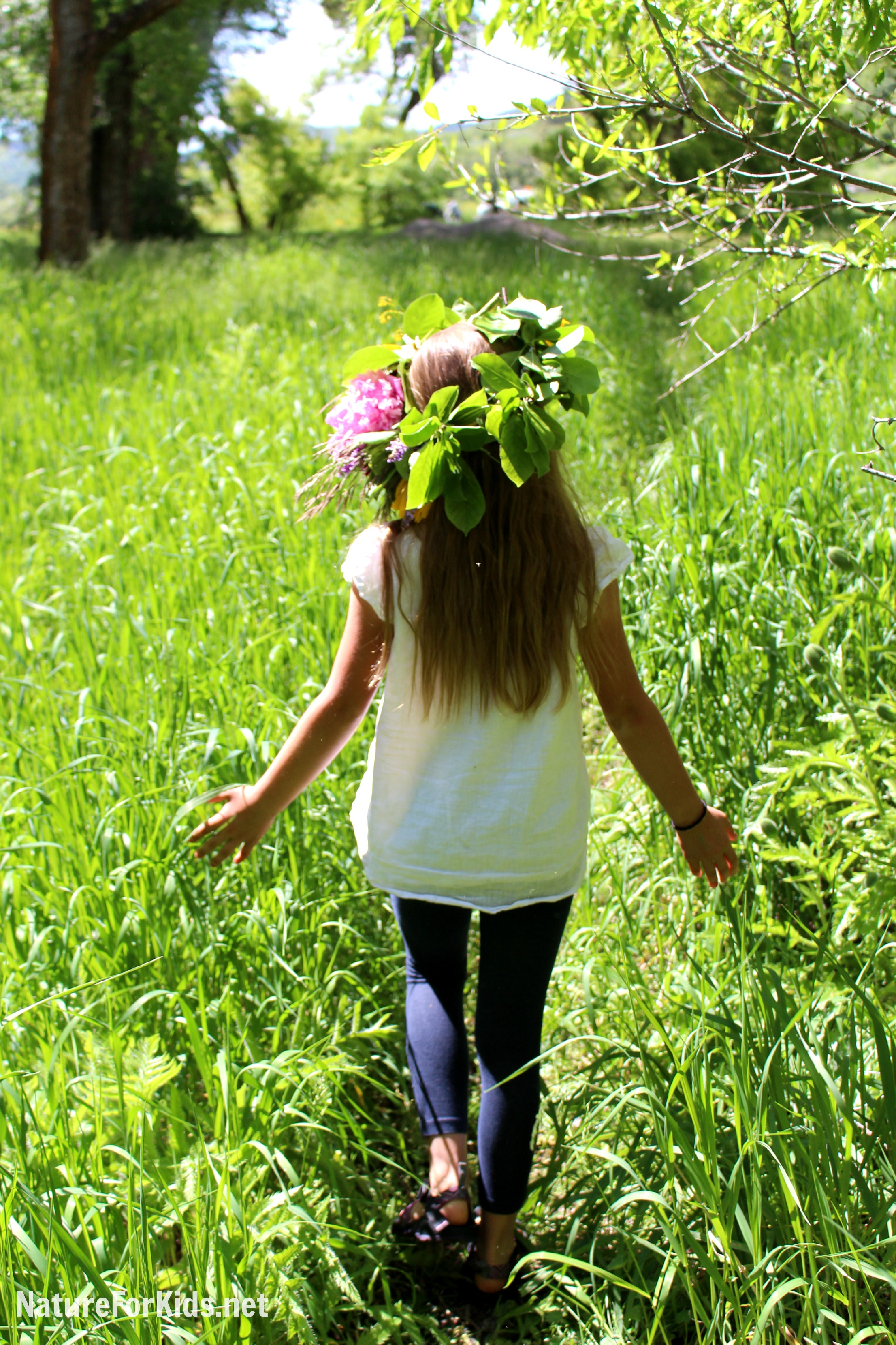 How To Make A Flower Crown Nature For Kids
