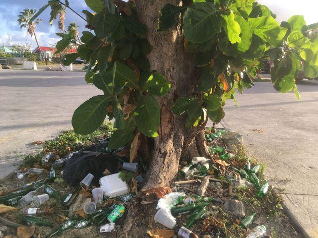 trash kim sha beach