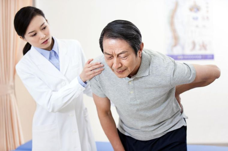 dolor del nervio ciático y vitamina b12 c