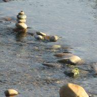 American River, rocks, marker, Fair Oaks Bridge, monrings