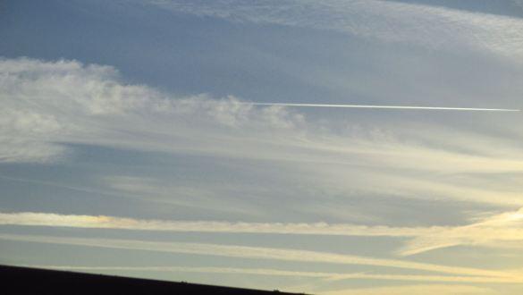 jet stream, sky, morning, Fair Oaks Bridge, American River, fishermen, salmon
