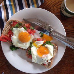 Pourquoi ne pas tester le petit déjeuner salé, recommandé dans le régime anti diabète ? © Simon Tracey