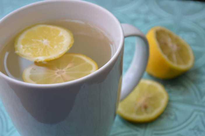 infusion au citron chaud