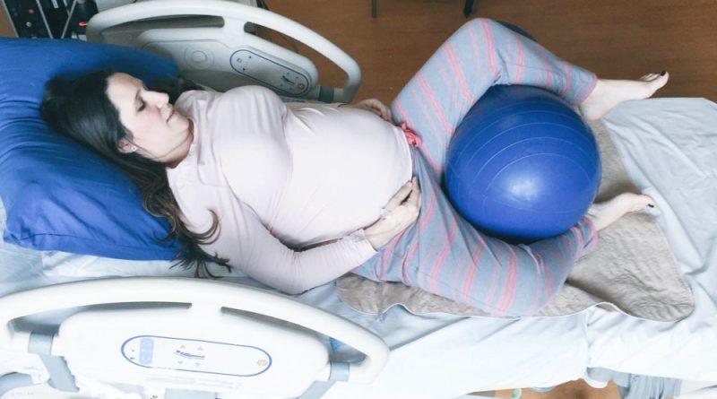 ballon cacahuète, peanut ball, accouchement, accouchement sous péridurale