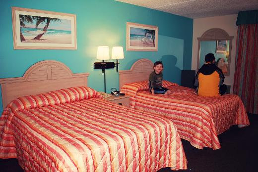 castaway bay room sm