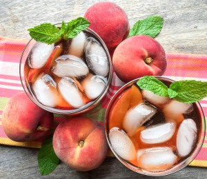Instant Pot Ginger Peach Iced Tea